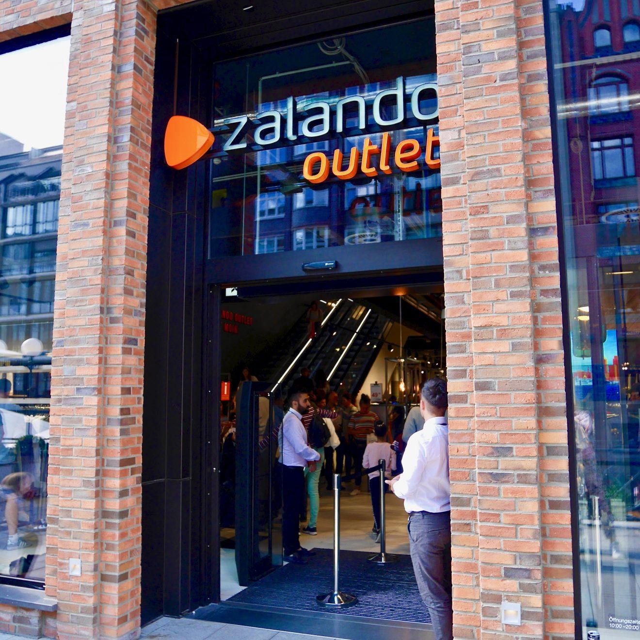 28e71d480cfd Zalando Outlet Store Opening | Passagenviertel